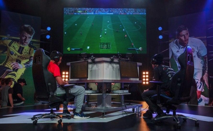 e-スポーツ-FIFA-トーナメント2
