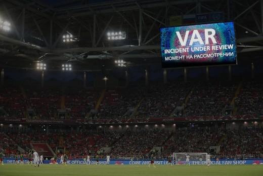VAR(ビデオアシスタントレフェリー)